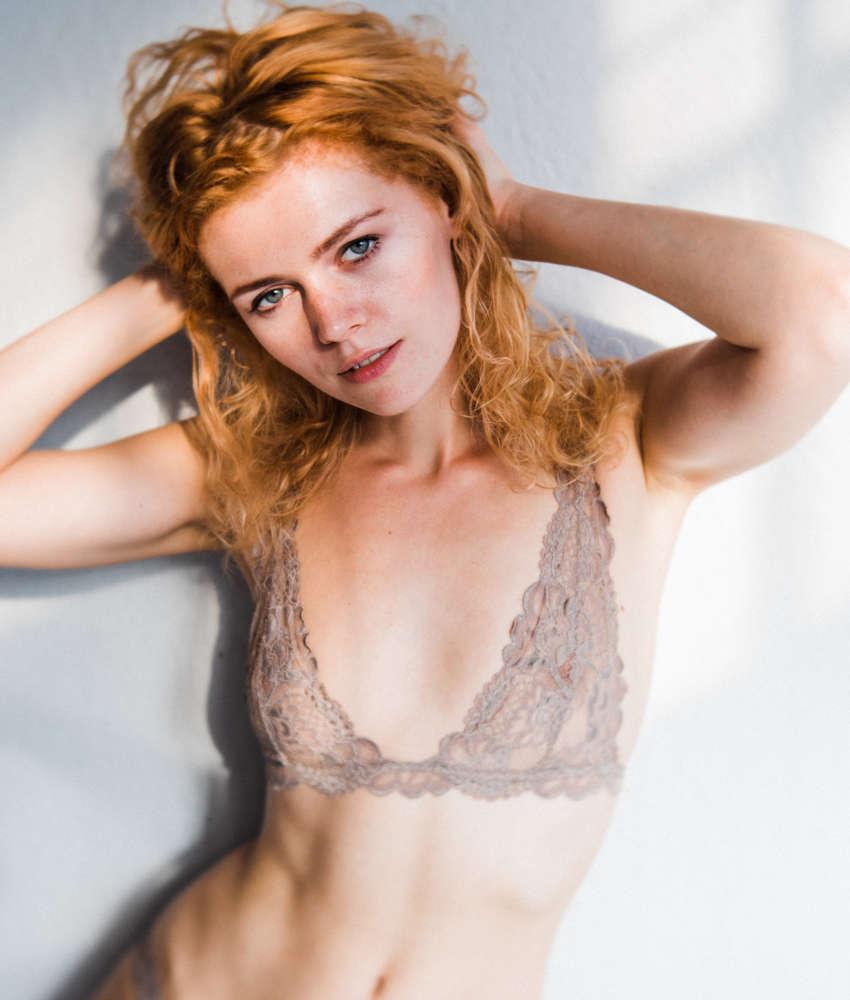Kostenlose Kleine Brüste